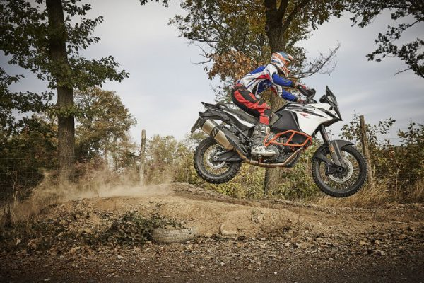 KTM Adventure 1090 R beim Endurotraining im Enduropark Meltewitz